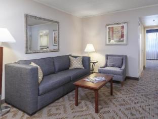 DoubleTree Suites by Hilton Philadelphia West Hotel