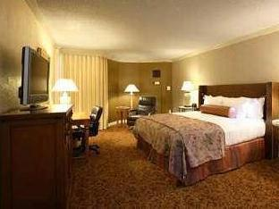 Best PayPal Hotel in ➦ Grapevine (TX): Embassy Suites Dallas Dfw Airport North Outdoor World Hotel