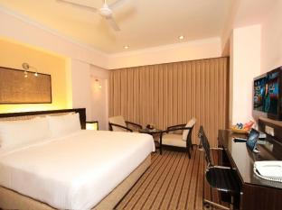 Fidalgo Hotel North Goa - Suite Room