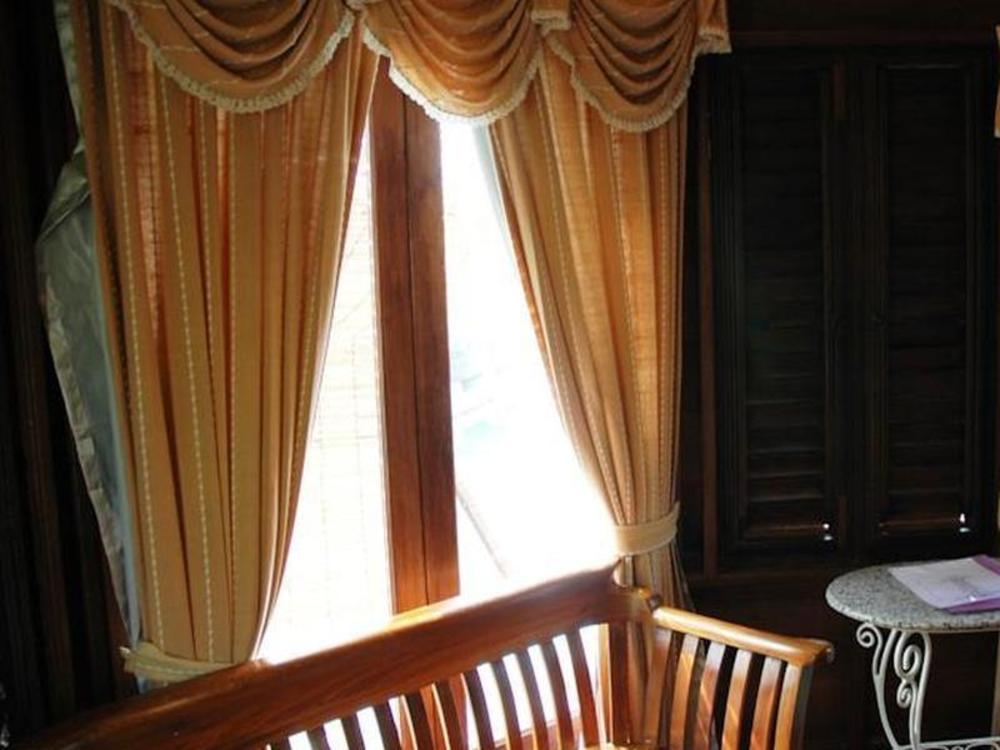 Mom Chailai River Retreat Hotel