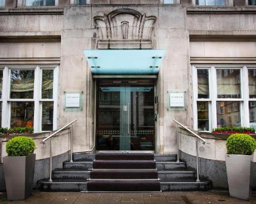 Best guest rating in London ➦ Copthorne Tara London Kensington Hotel takes PayPal
