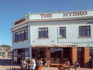 The Hydro Esplanade Apartments