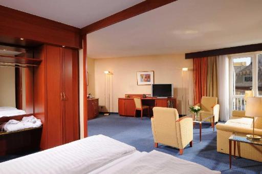 Best PayPal Hotel in ➦ Wurzburg: GHOTEL hotel & living Wuerzburg