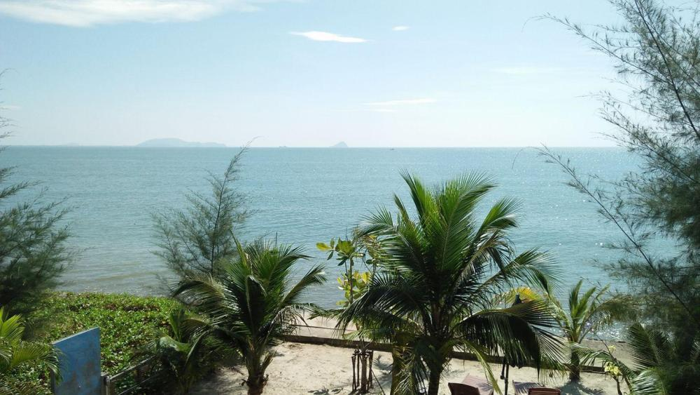 Windy Sea View Resort