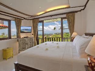 ロイヤル マジェスティック ラグジュアリアス ヴィラ Royal Majestic Luxurious Villa