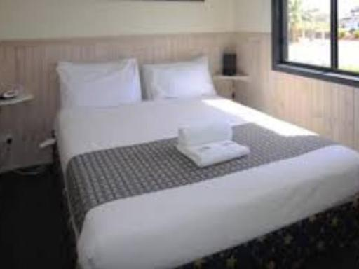Ingenia Holidays Sun Country hotel accepts paypal in Tocumwal