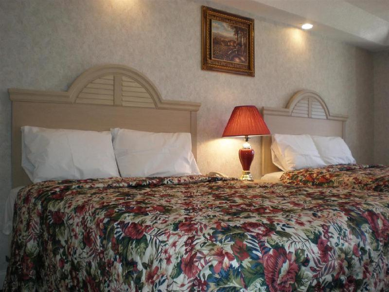 Country Hearth Inn & Suites - Galloway /Atlantic City - Absecon, NJ 08205