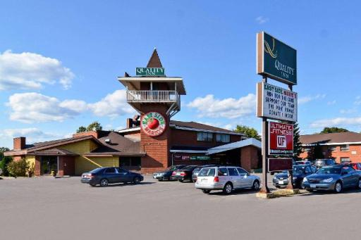 Quality Inn Hotel in ➦ Arnprior (ON) ➦ accepts PayPal