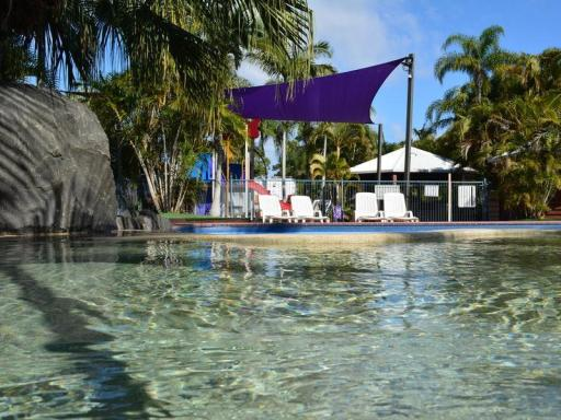 BIG4 Holiday Parks Hotel in ➦ Hervay Bay ➦ accepts PayPal
