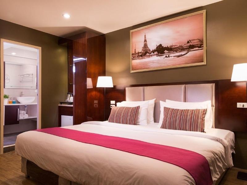 ラチャダー ポイント ホテル(Ratchada Point Hotel)