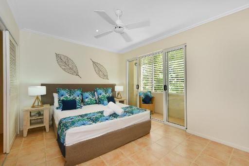 Cayman Villas PayPal Hotel Port Douglas