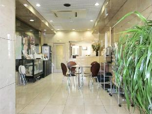 Business Hotel Takamado image