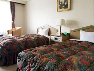 Breezbay Hotel & Resort Gero image