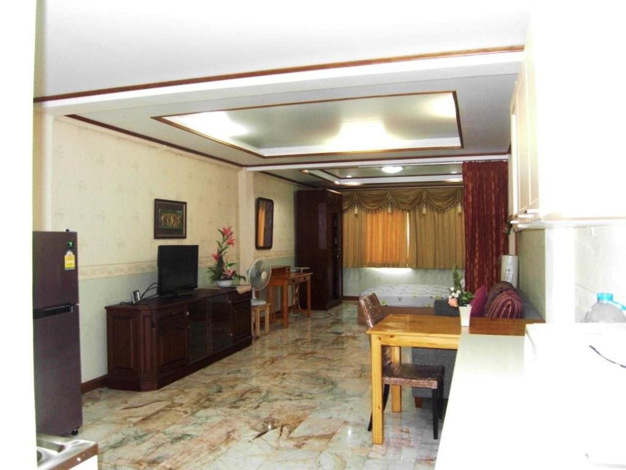 นิคกี้ เรสซิเดนซ์ พัทยา กลาง (Nicky Residence Pattaya Klang)