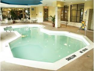 Days Inn - Niagara Falls, Lundy's Lane Niagara Falls (ON) - Swimming Pool