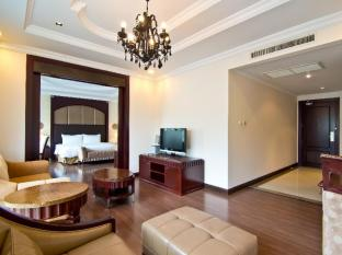 LK Renaissance Hotel Pattaya - One Bedroom Suite