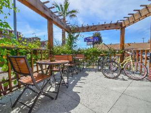 Hotel in ➦ Santa Cruz (CA) ➦ accepts PayPal