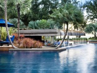 JW Marriott Phuket Resort & Spa Phuket - Swim Up Bar