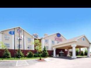 Comfort Suites Milwaukee Airport Hotel