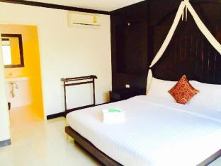 The Bird Cage Patong Guesthouse Hotel Phuket - Superior Double