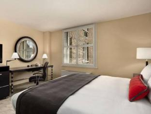 Best PayPal Hotel in ➦ Evanston (IL): Hilton Garden Inn Chicago North Shore / Evanston