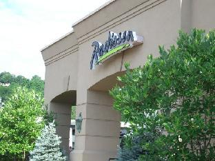 Radisson Hotels Hotel in ➦ Covington (KY) ➦ accepts PayPal