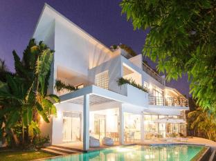 Villa White House at Marina Phuket