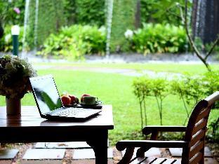 Maneechan Resort discount