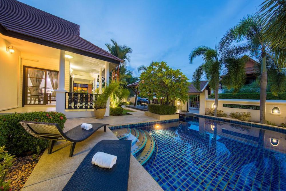 Green Residence Pool Villa Pattaya 4 Bedroom Thailand Hotel Listing