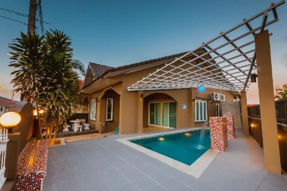 The Fourth Pool House Hua Hin