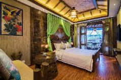 West Line Inn Mountain View big bed room, Lijiang