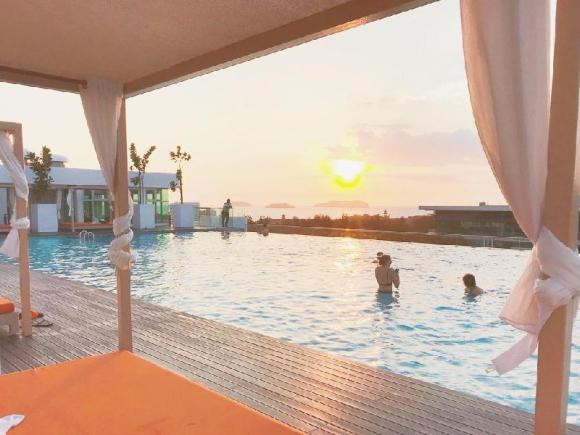 SUTERA AVENUE- Kk Center with infinity pool