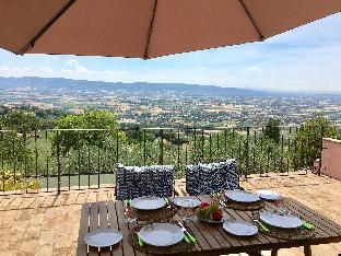 Assisi Villa R&R 1 B/room with optional 2nd B/room
