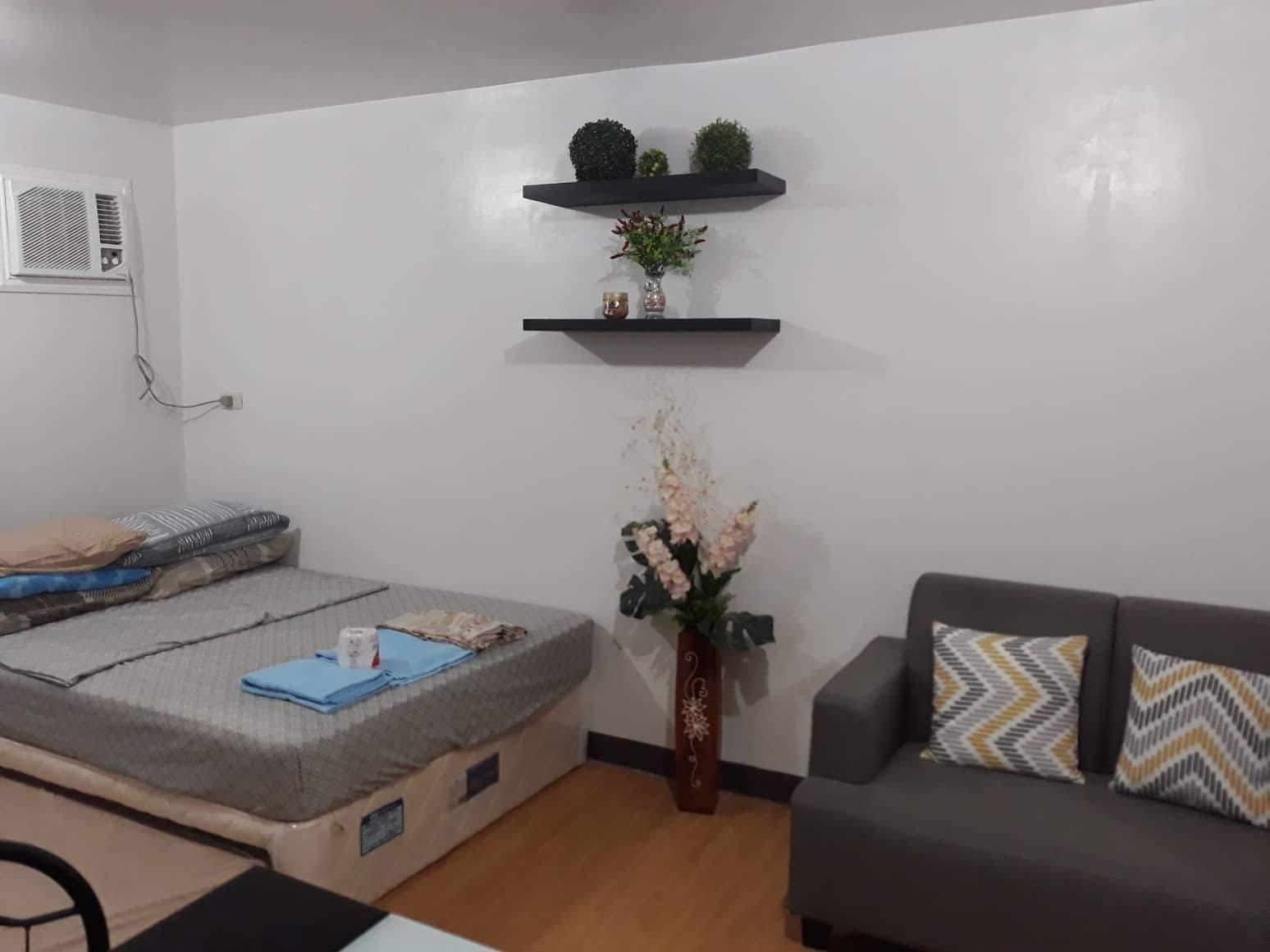 Studio unit at hernan cortes street dos - Hotels Information/Map/Reviews/Reservation