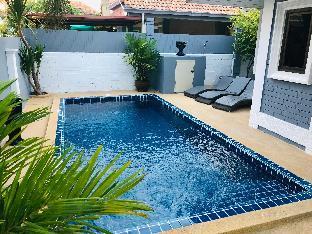%name Villa 3 BDR with Private Pool near Walking Street พัทยา
