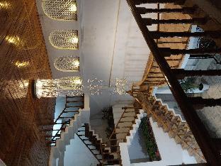 Perfect luxury home stay Аллахабад