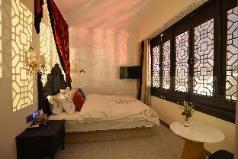 Nine House-Room 8, Guilin