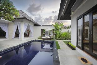 2 BDR villa with private pool at legian are
