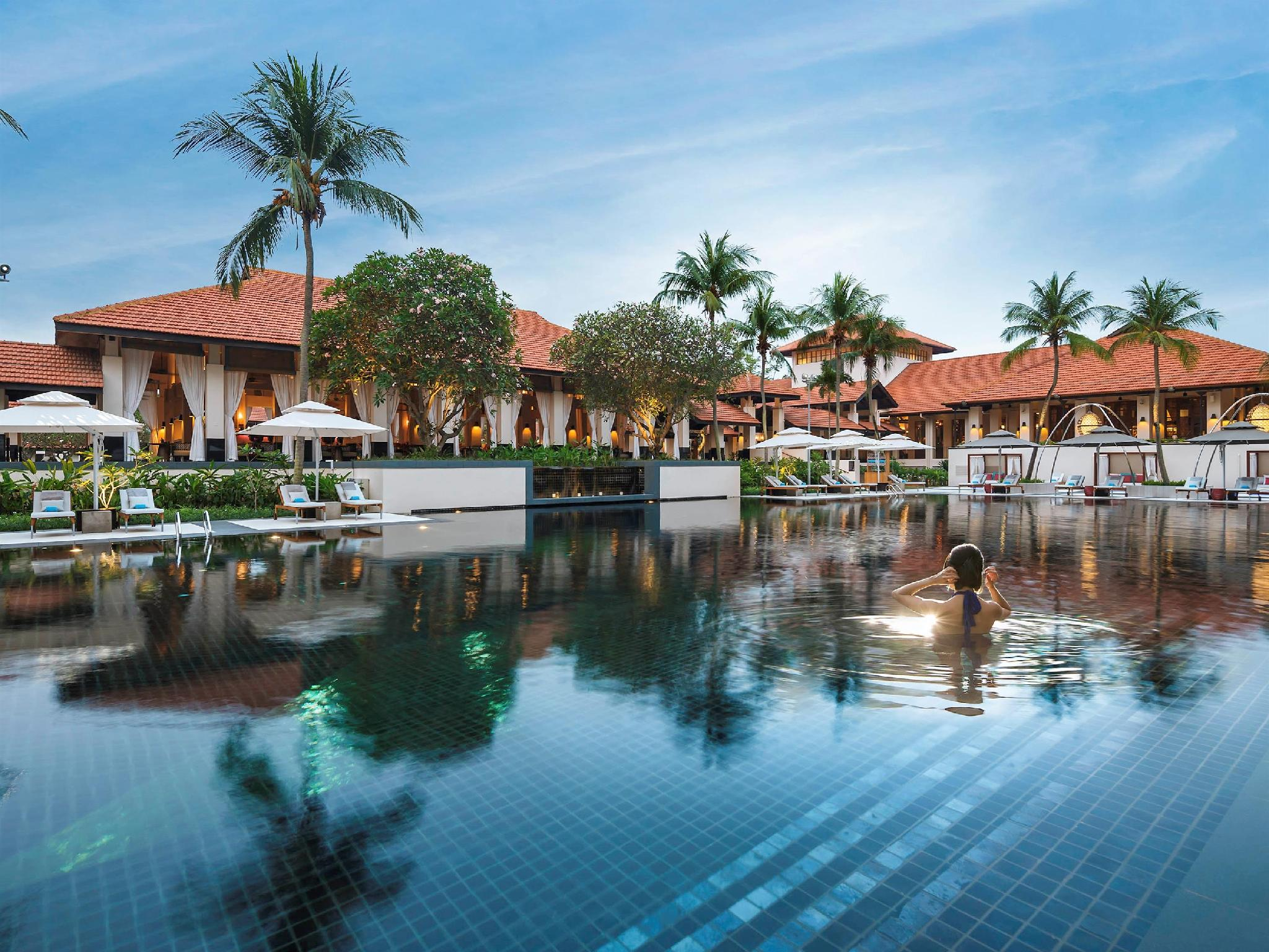 Best price on sofitel singapore sentosa resort and spa in for Villa du jardin sentosa