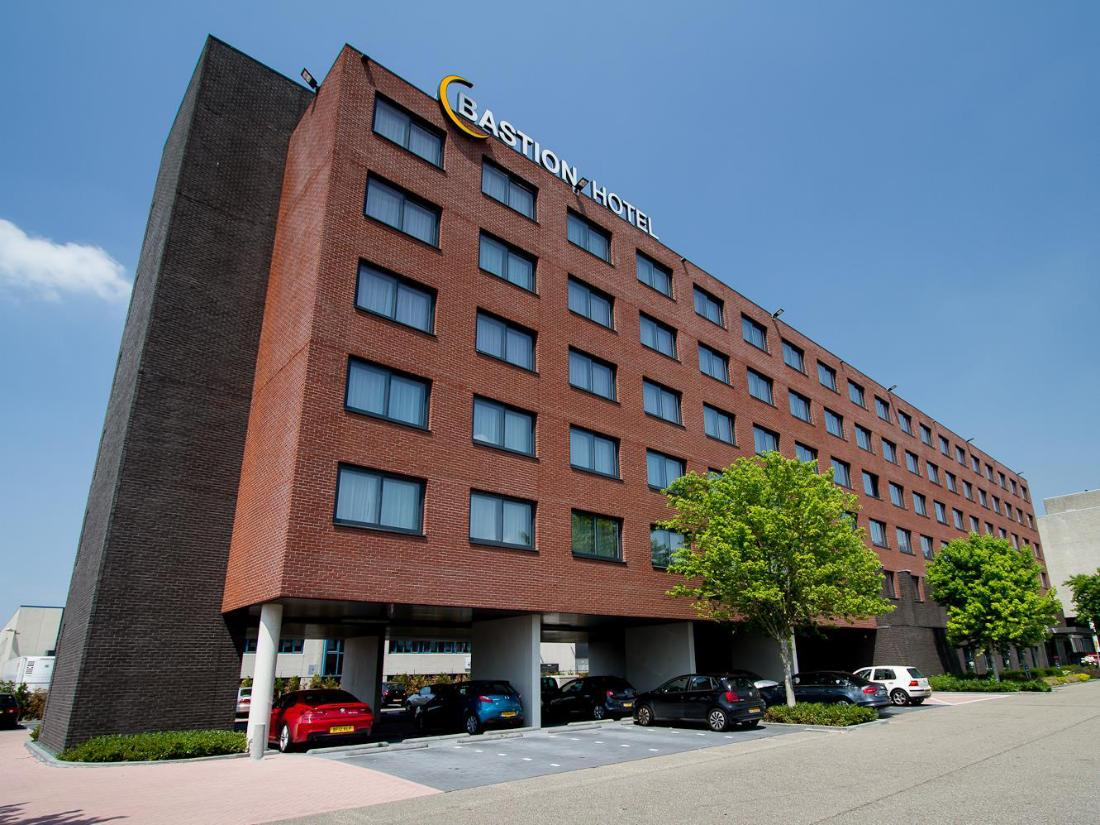 Best price on bastion hotel amsterdam airport in amsterdam for Amsterdam low cost hotel