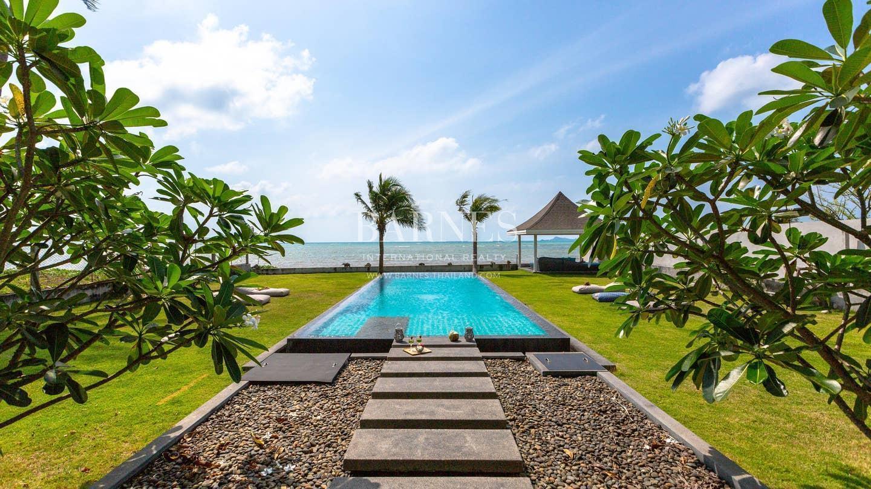 Villa Cao Beachfront, calm and serenity วิลลา 2 ห้องนอน 2 ห้องน้ำส่วนตัว ขนาด 250 ตร.ม. – หัวถนน