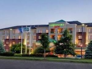 Courtyard by Marriott Madison-East