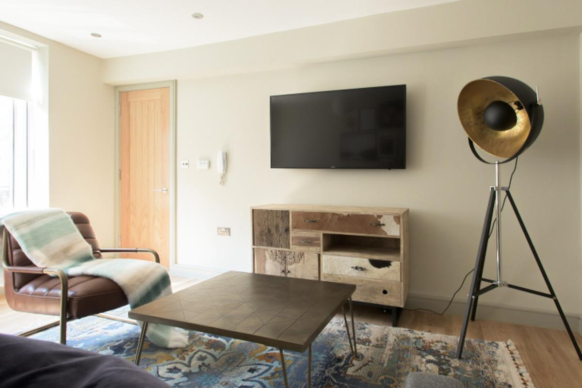 The Mayfair Retreat - Modern & Central 1BDR in 3 Apartments