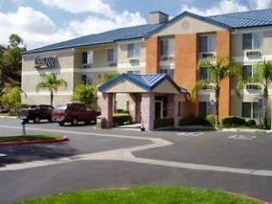 Fairfield Inn By Marriott Santa Clarita Valencia Hotel