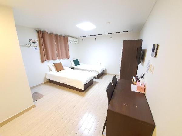 DKHouseEwha#601 new&clean FreeWifi sinchon&hongdae Seoul