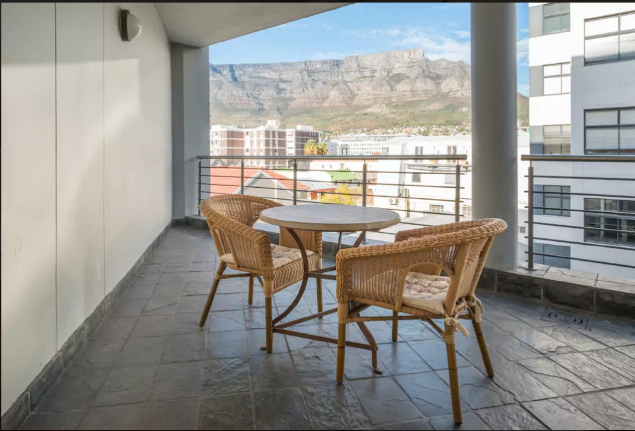 Table Mountain Views From The Heart Of The City