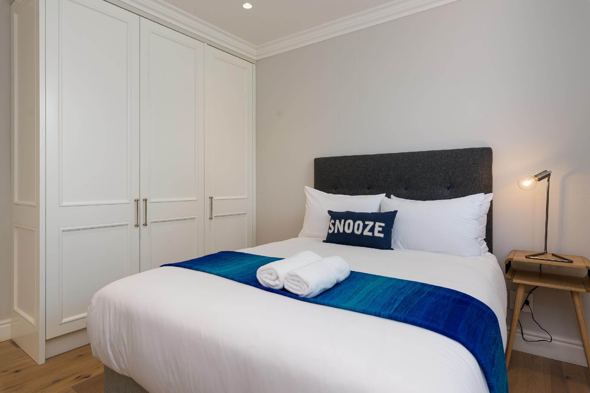 Luxury 2 Bedroom Sea Point Terrace Home