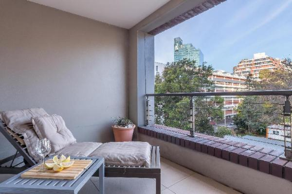Modern Apartment in The Rockwell Hotel with Views Cape Town