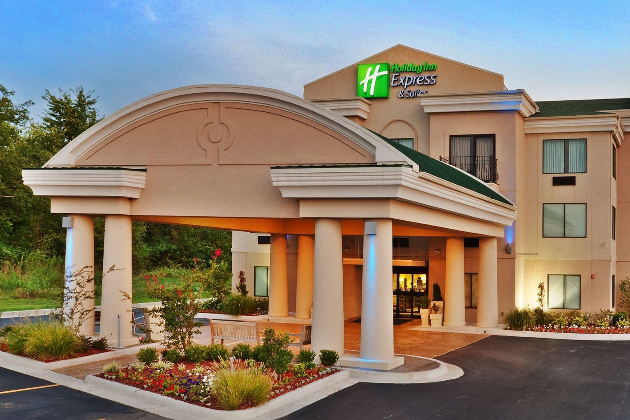Holiday Inn Express Hotel And Suites Muskogee