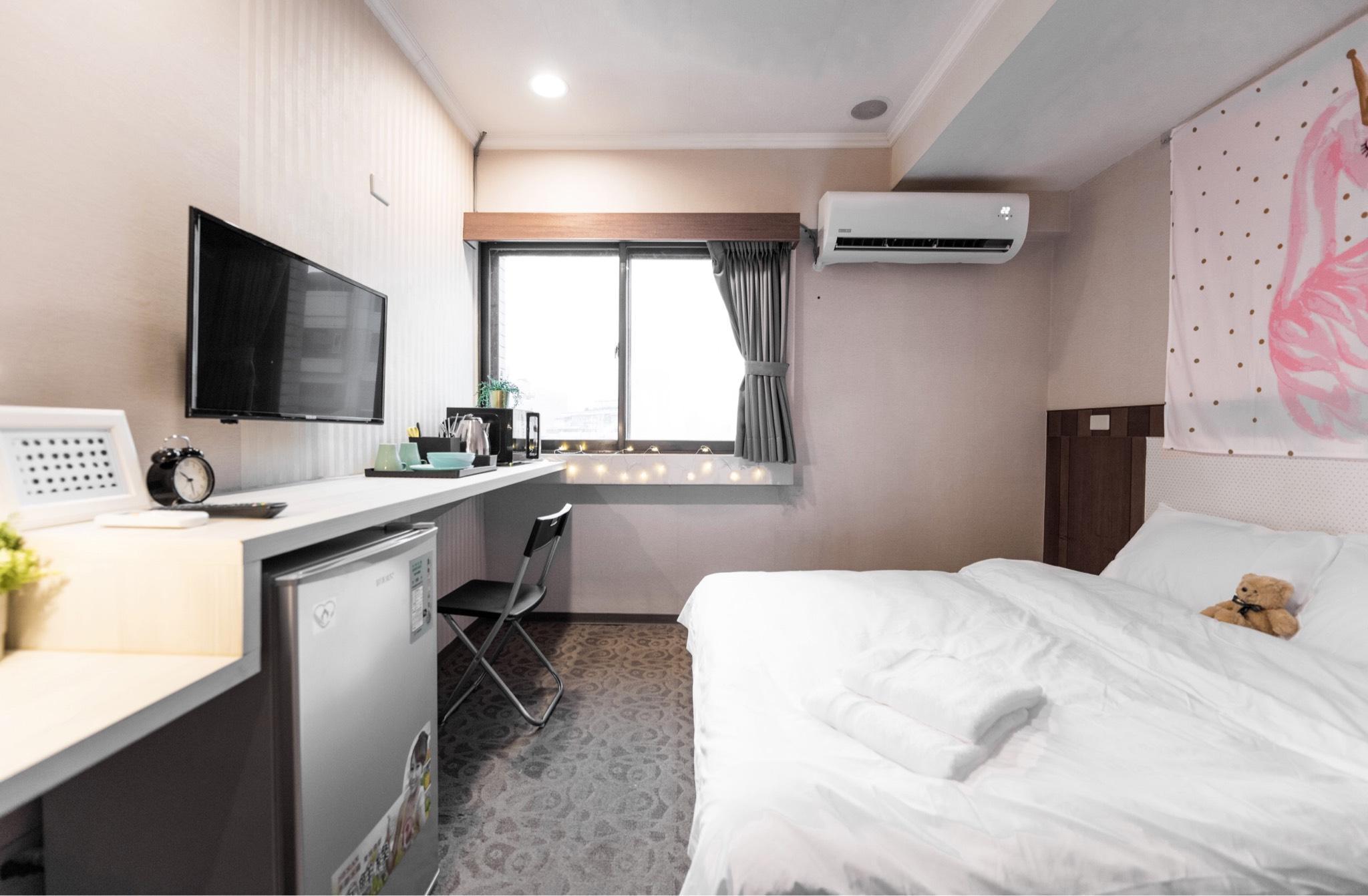 HP14911 Central Taipei City 1 Min To Guting MRT